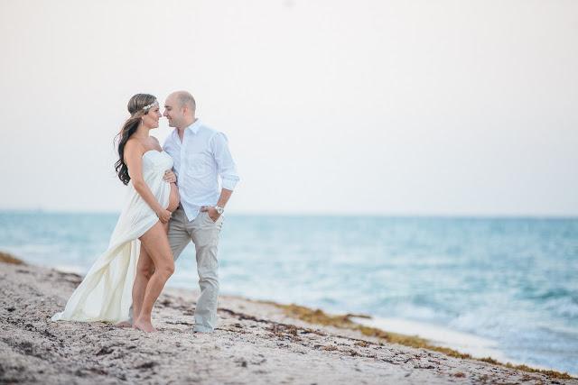 17afb8b9deeda Maternity Photoshoot - Beach/Sunrise Look – Laura & Co Blog
