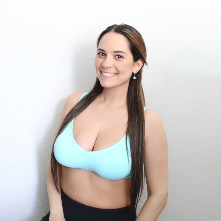 a5f29fdc4 Above I am wearing their famous Body Silk Seamless Nursing Bra in the super  gorgeous Sea Glass Color.